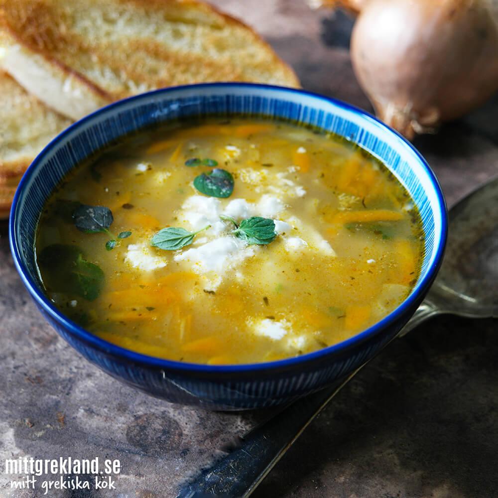 Fetaostsoppa soppa med fetaost